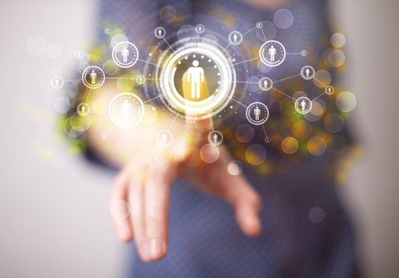 最新の技術や知識とクライアントサービスとの橋渡し